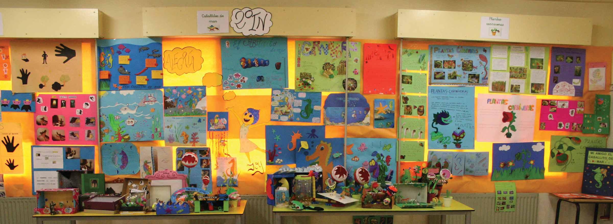 a children's art fair sponsored by la Fundacion Cristo Rey