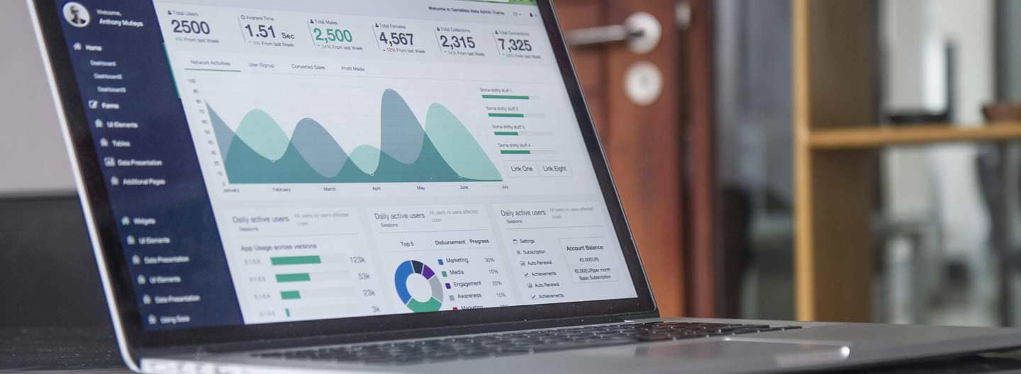 4 Tips to Design Your Next Annual Report